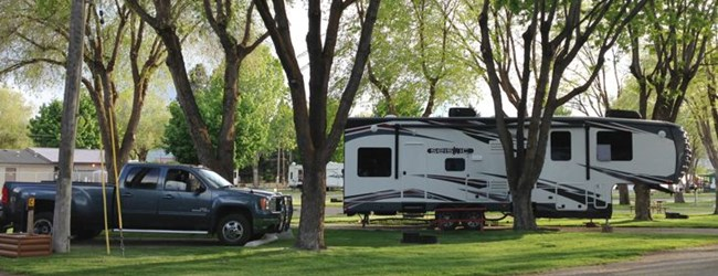 Deluxe RV Site with extra parking