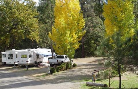 Full hookup camping near me