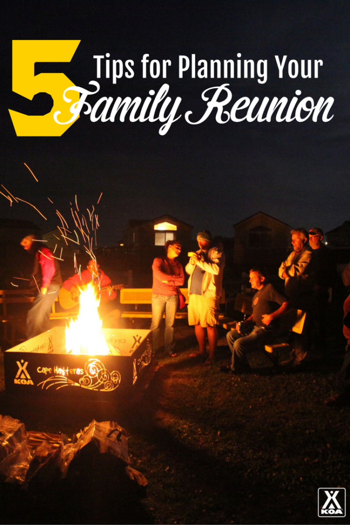These tips will make planning your next family reunion a breeze!