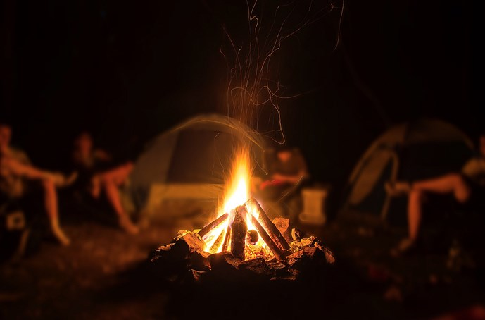 Ultimate Guide To Building A Campfire How To Build A Campfire Koa Camping Blog