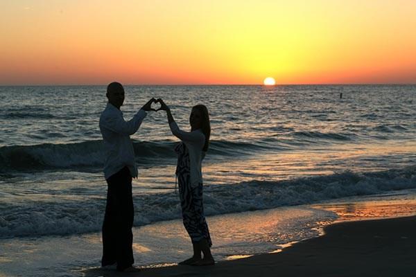 Tips on Planning a Romantic Camping Getaway | KOA Camping Blog