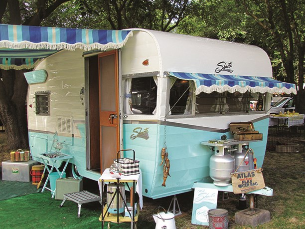 Marvelous Vintage Campers Live On Through Restoration Koa Camping Blog Download Free Architecture Designs Estepponolmadebymaigaardcom
