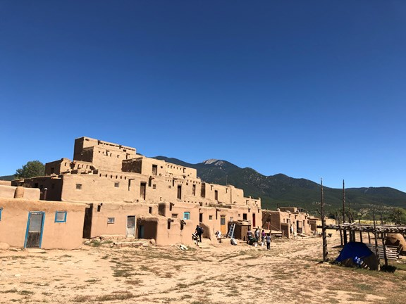 TAOS and the Enchanted Circle