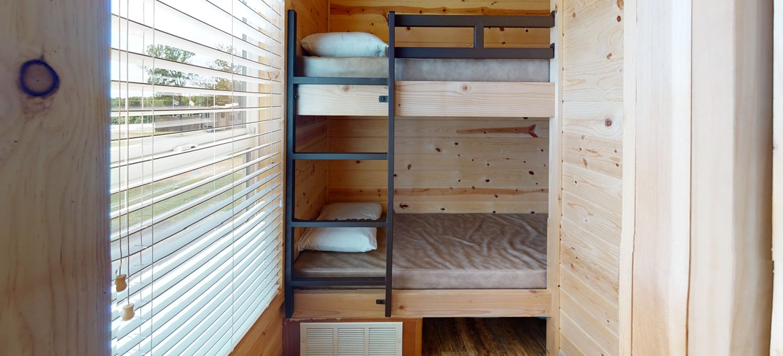 Deluxe Cabin Bedroom - Bunks