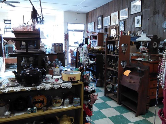 Brattleboro Antiques Mall and Stores