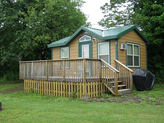 Beautiful Deluxe Cabins