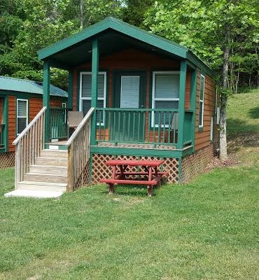 Deluxe Cabins with Bathrooms