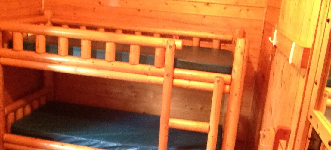 2 sets of bunk Beds in back bed room sleeps 4