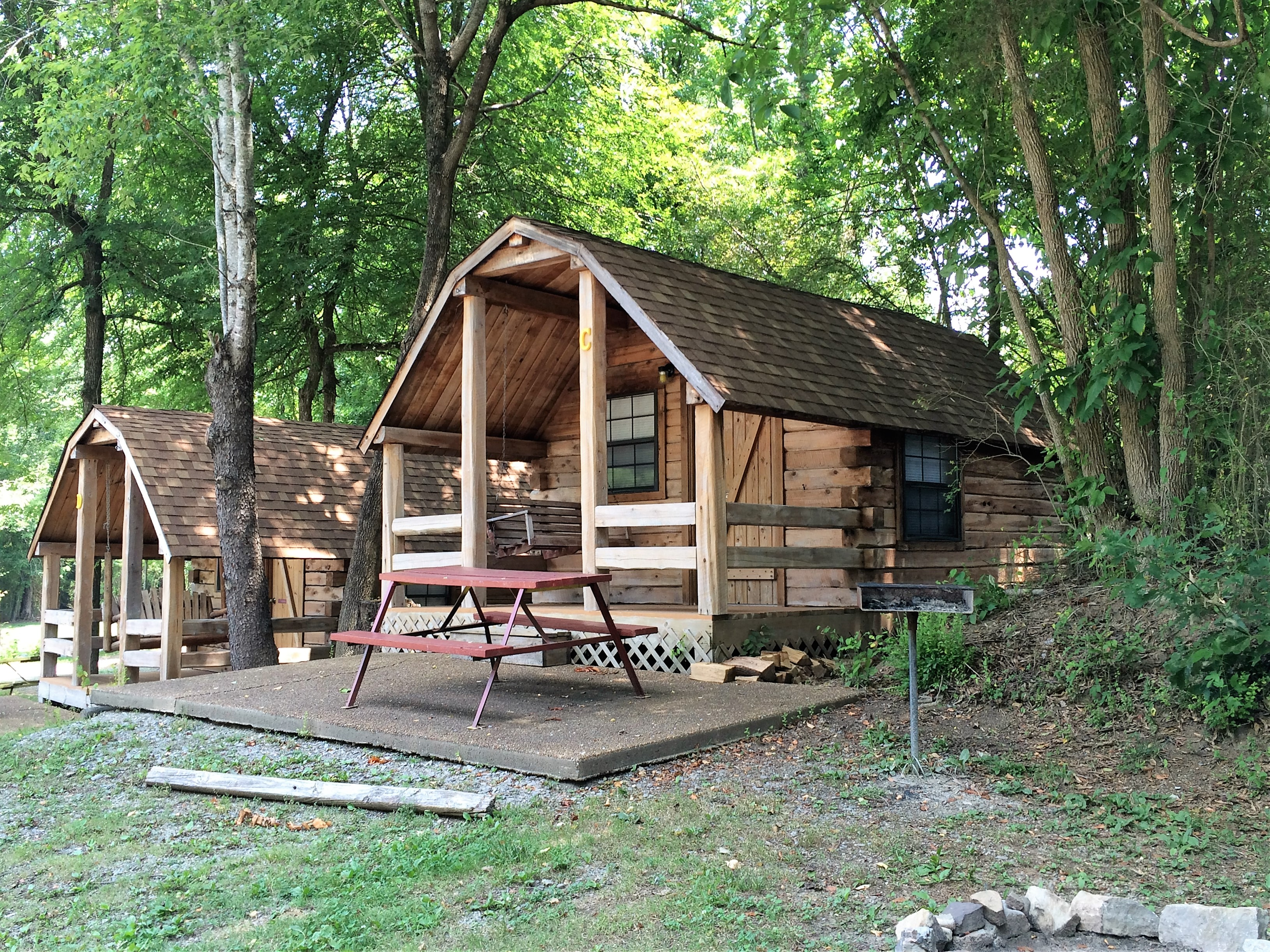 chattanooga watering the cabin get near sleeps hole cabins bedroom forge pin pigeon