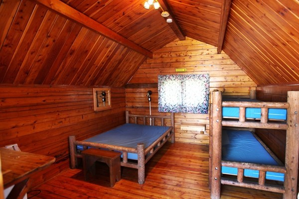 inside of 1 room camping cabin