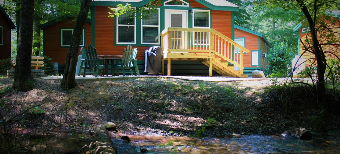 Deluxe cabin on the creek