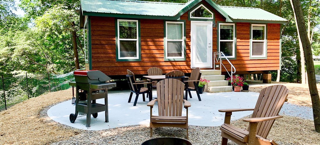 Deluxe Cabin with KOA Patio in the woodlands
