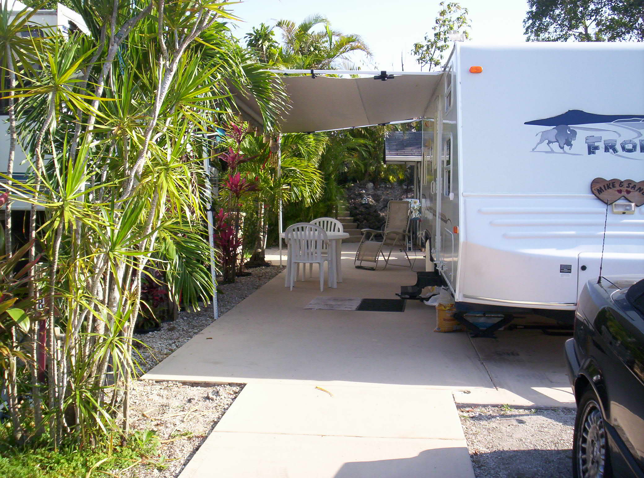 Campgrounds with full hookups in florida
