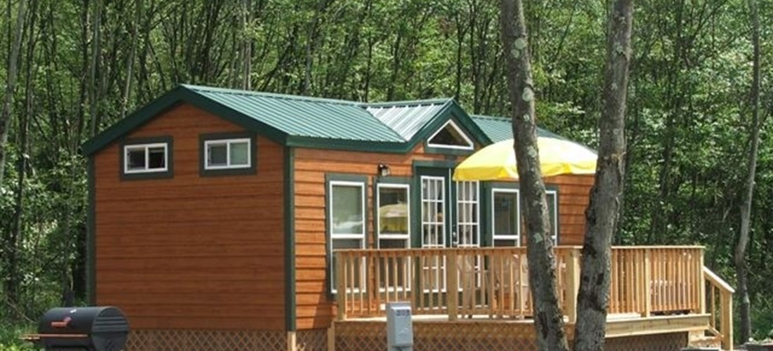 Deluxe Cabine w/ Pet Friendly Option