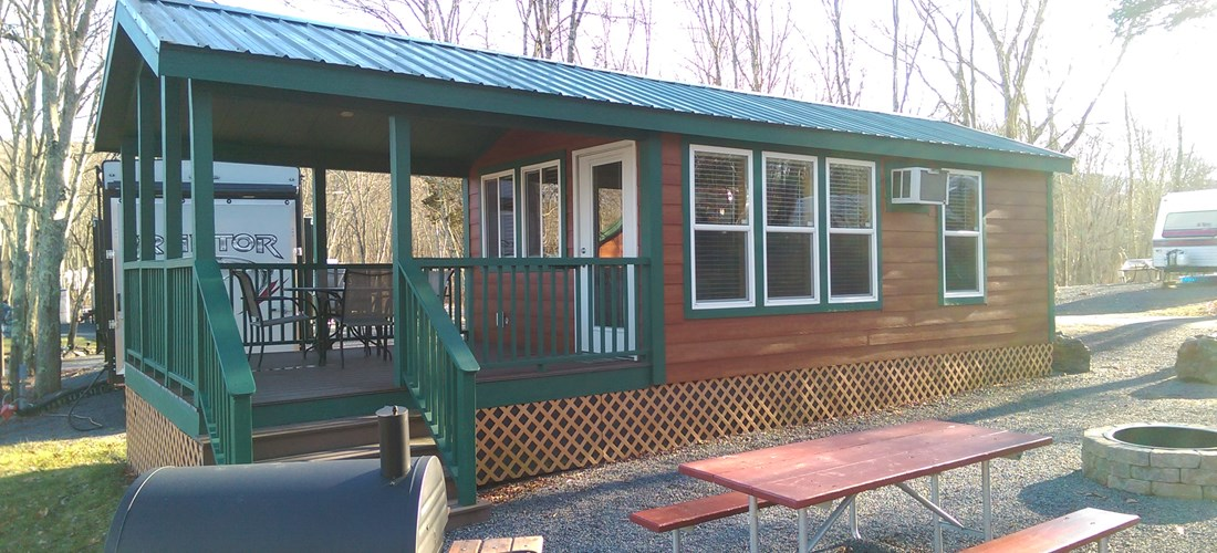 Pet-friendly Deluxe Cabin atop the Hill
