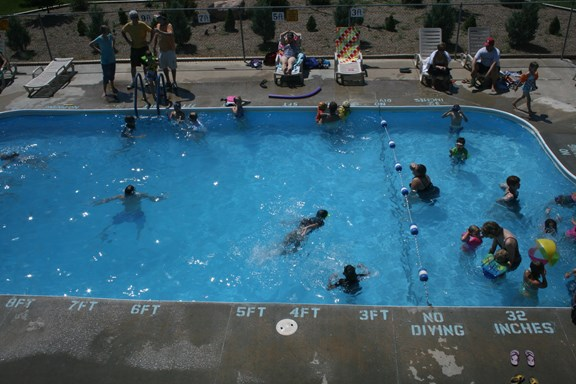 Swimming Pool (Memorial Day - Labor Day)