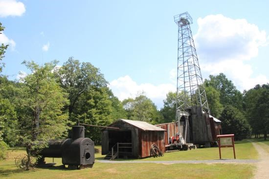 Oil Creek and Titusville Railroad/Drakes Well Museum