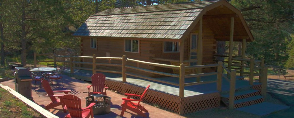 Deluxe Cabin with Paved Patio