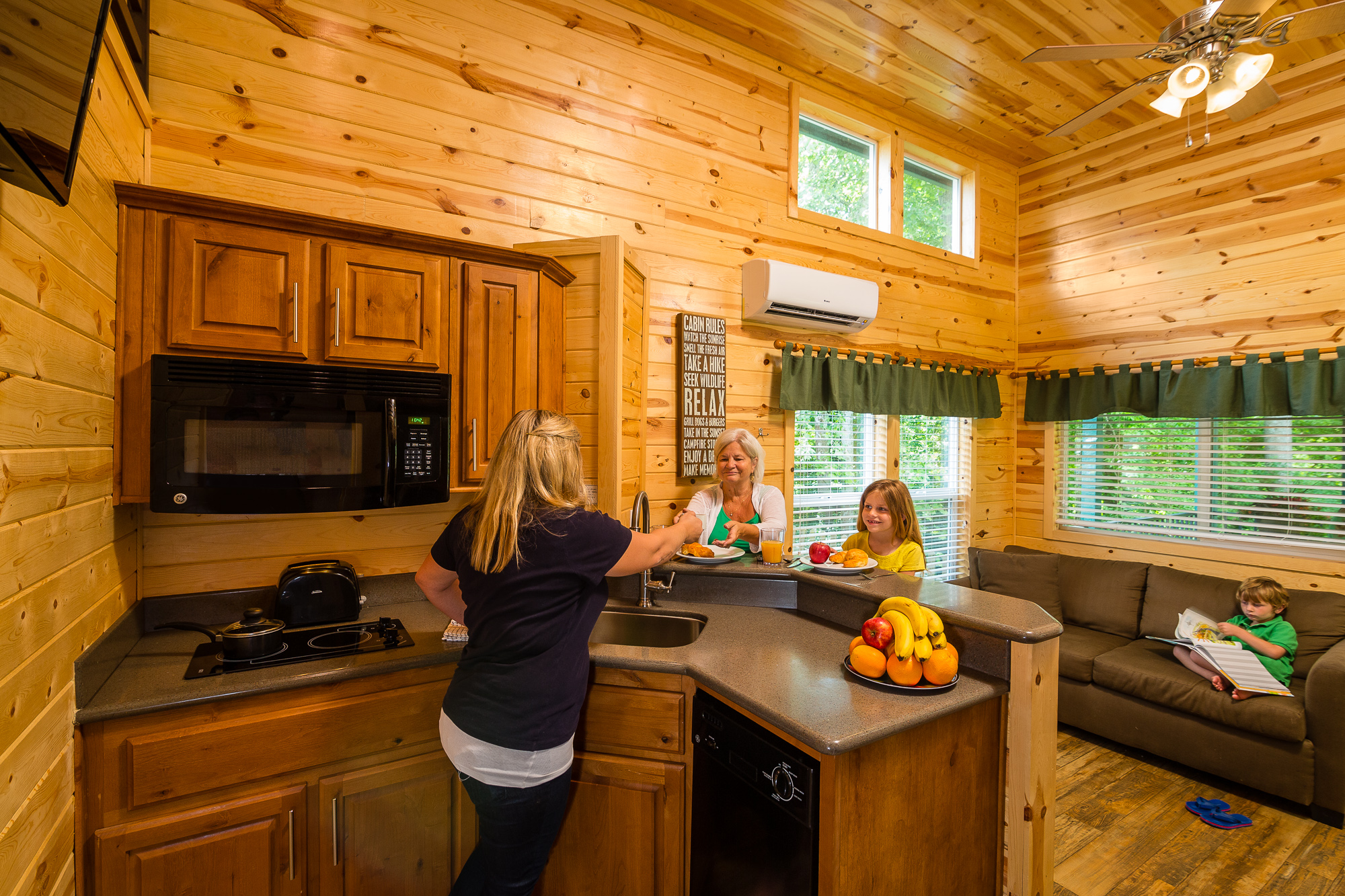 rsz sweetwater az in guest img ranch boulder rentals is kitchen cabin cabins open mountain