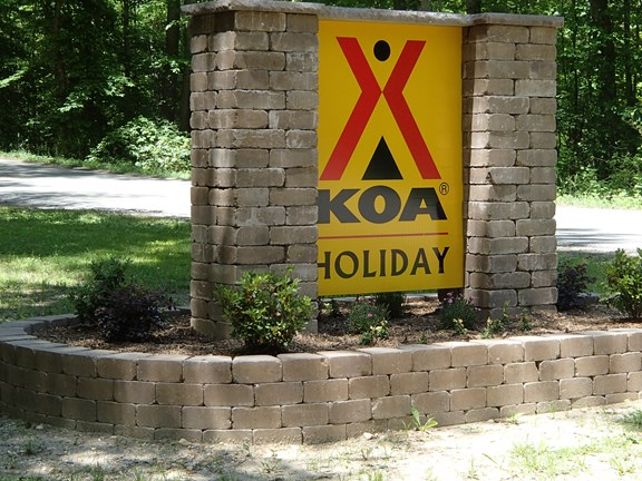 New KOA Holiday Sign!