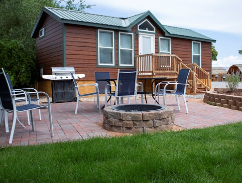 $25 off Deluxe Cabins Photo