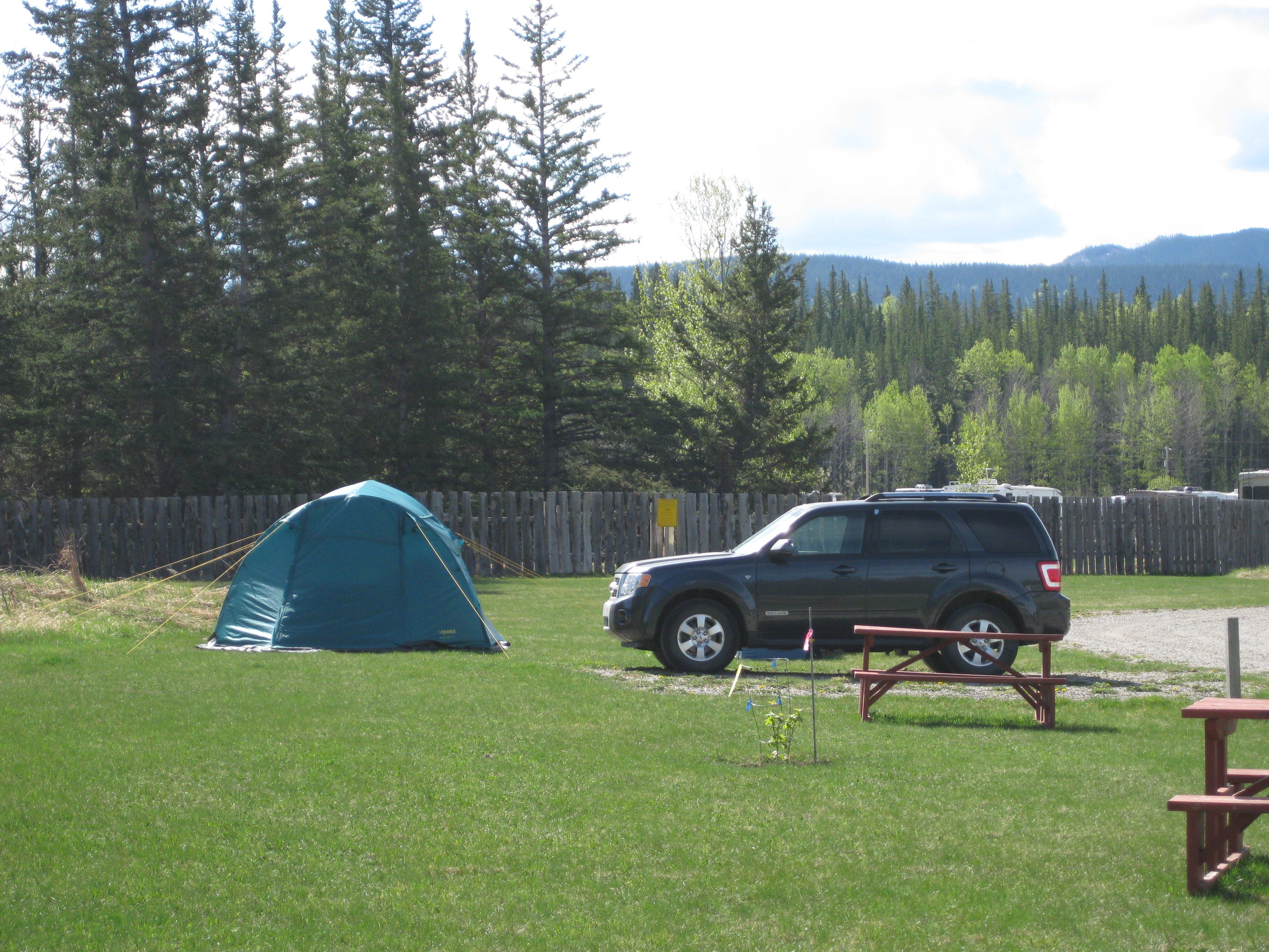 & Hinton Alberta Tent Camping Sites | Hinton / Jasper KOA