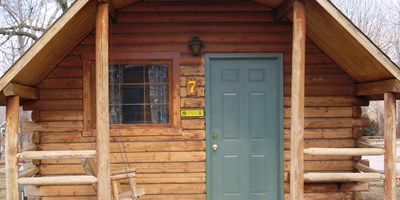 $25 OFF per night on a Deluxe Cabin