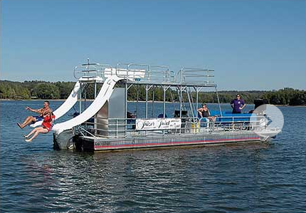 Houseboat on Lake Barkley for Groups