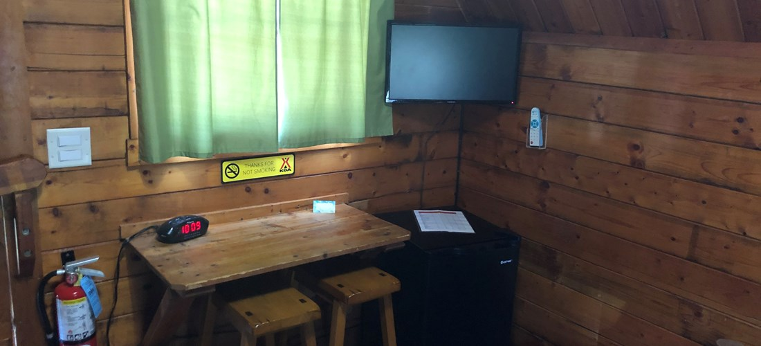 Camping Cabin with tv, mini fridge, a/c