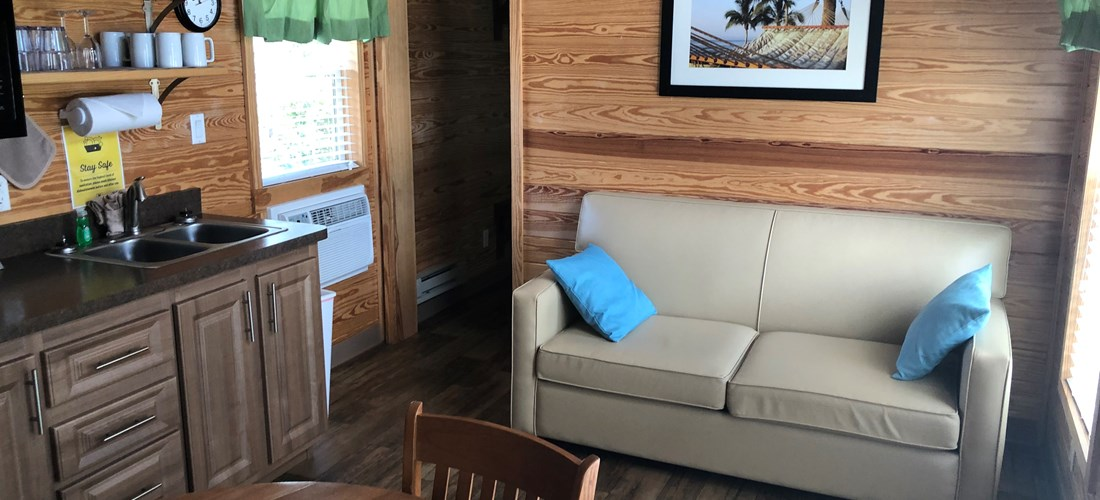 Deluxe Cabin Living area