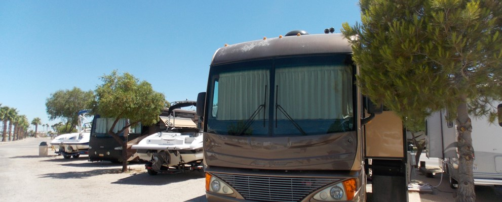 Pull Thorough RV Parking with Full Hookups!