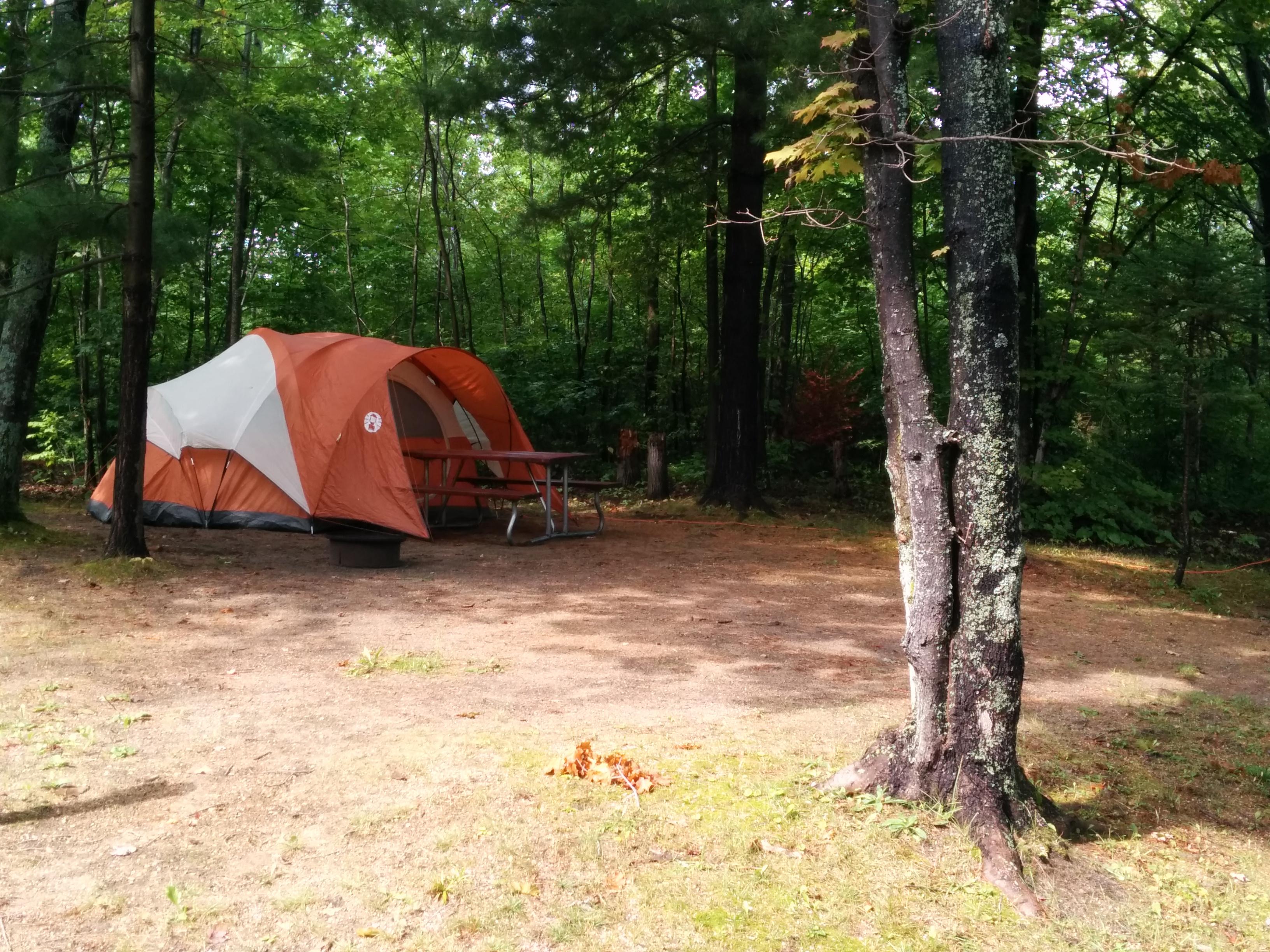 Mackinaw City, Michigan Tent Camping Sites   Mackinaw City / Mackinac Island  KOA