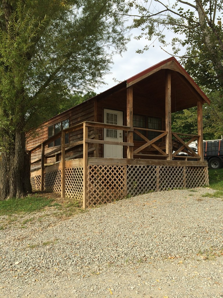 Ruffs Dale, Pennsylvania Campground | Madison / Pittsburgh