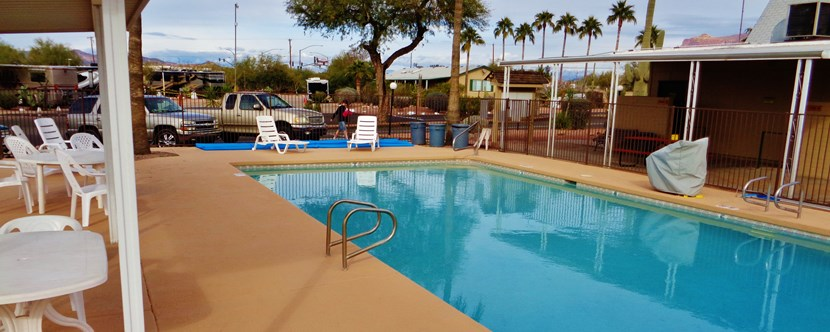 Newly Renovated Pool & Spa
