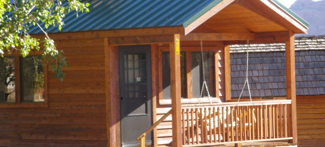Deluxe Cabin Lodge