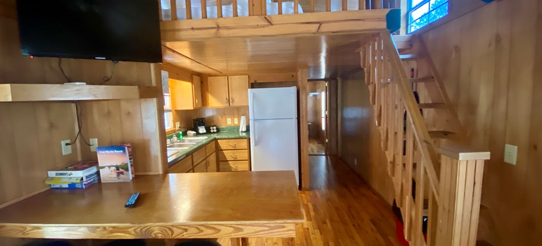 Deluxe Waterfront (6 People) Dinning/Kitchen/Loft