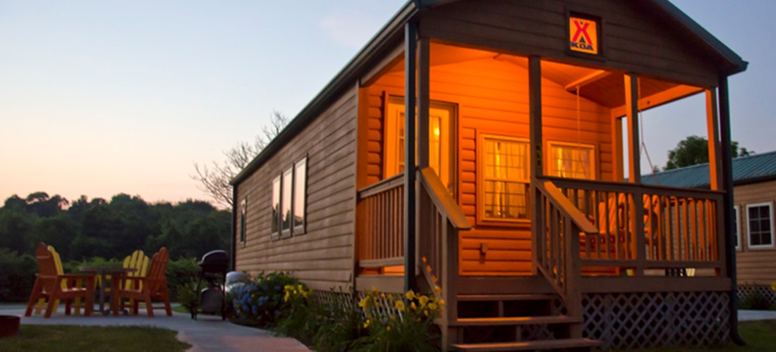 Night photo of Deluxe Cabin