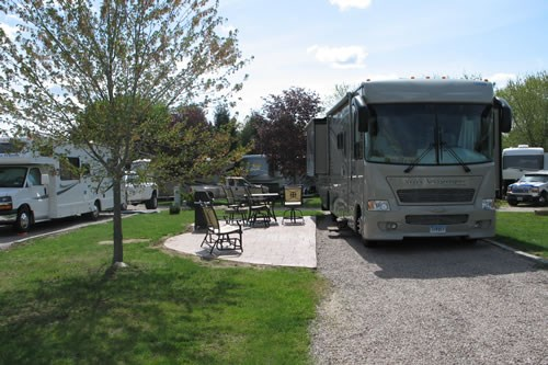 Deluxe Patio RV site