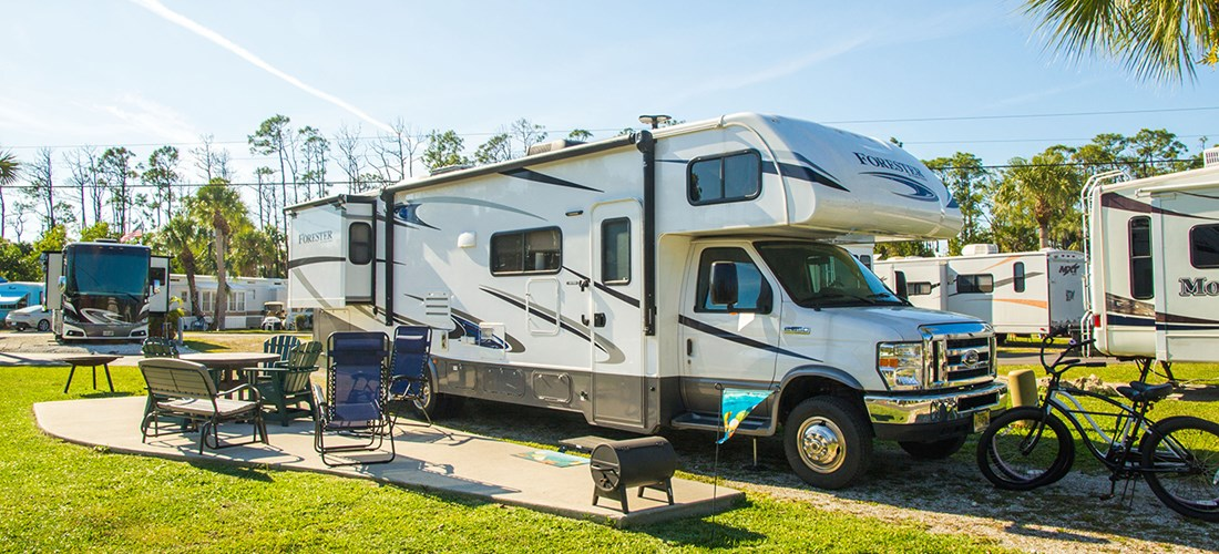 RV pull thru koa patio