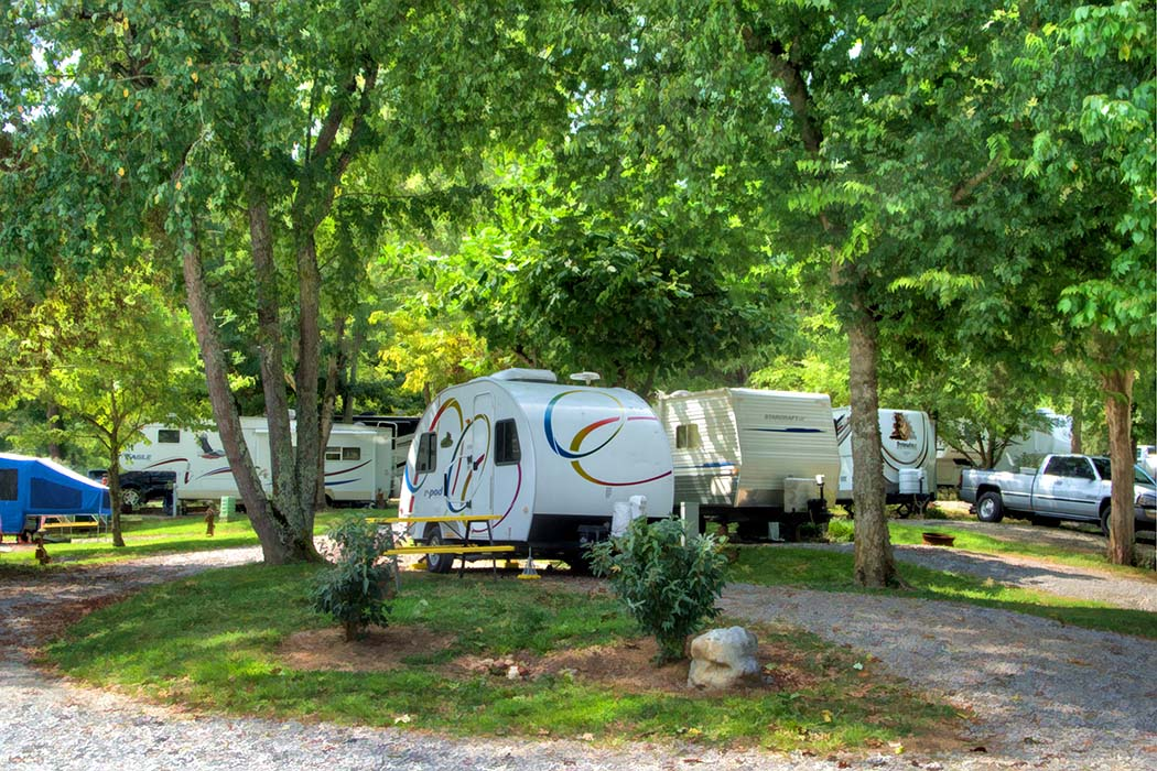 Newport, Tennessee Campground | Newport / I-40 / Smoky Mountains KOA