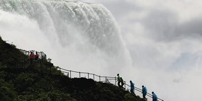 See Niagara Falls Up Close