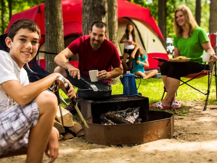 How To Introduce Your Kids To Campfire Cooking