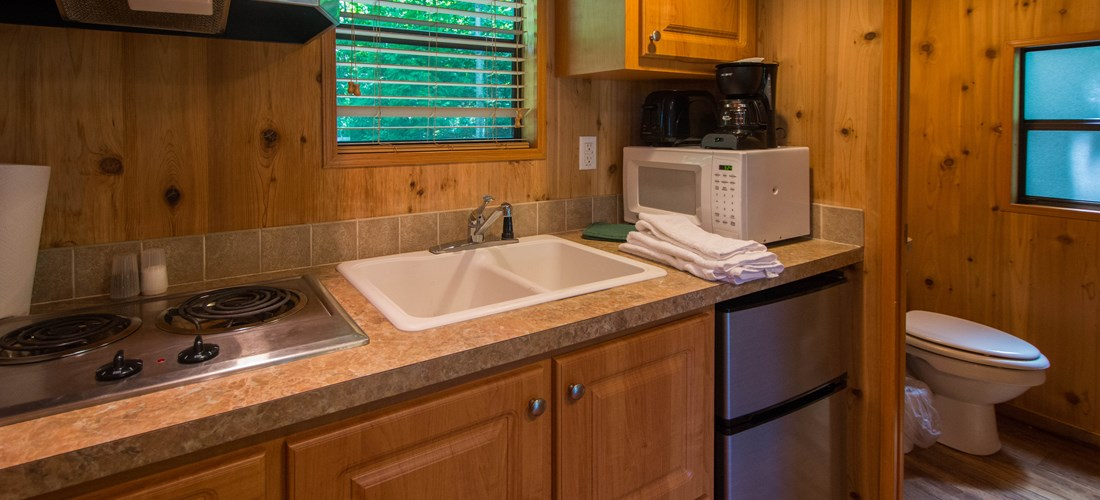 Camping Studio KS (Loft) kitchen/bath