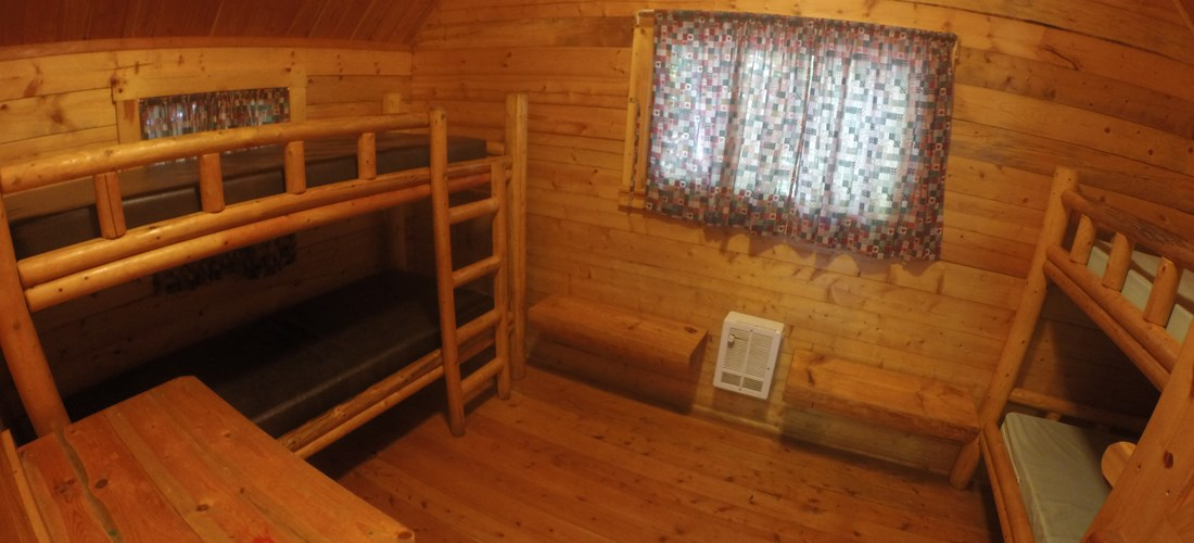 "2 Room Camping Cabin ""K2"" - back room"