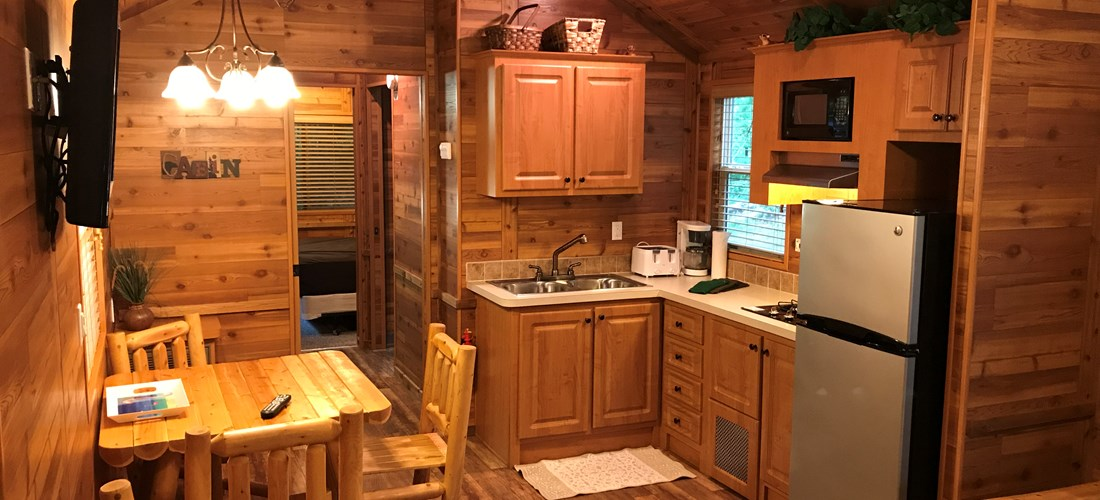 "Camping Lodge ""C"" Dining/Kitchen"