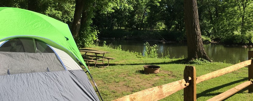 Wake up along the Brandywine River!