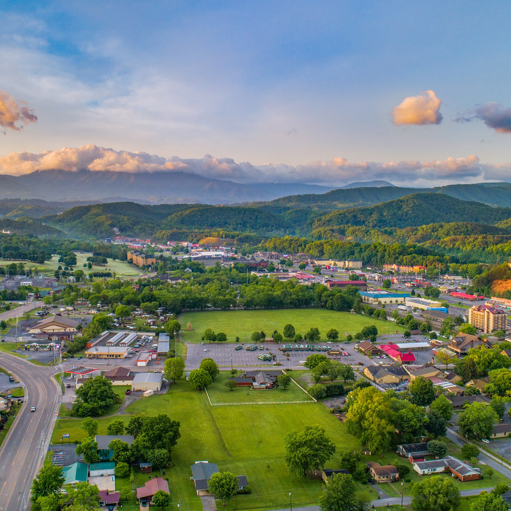 Rv Trader Bc >> Pigeon Forge Tennessee Area Attractions and Activities | Pigeon Forge / Gatlinburg KOA