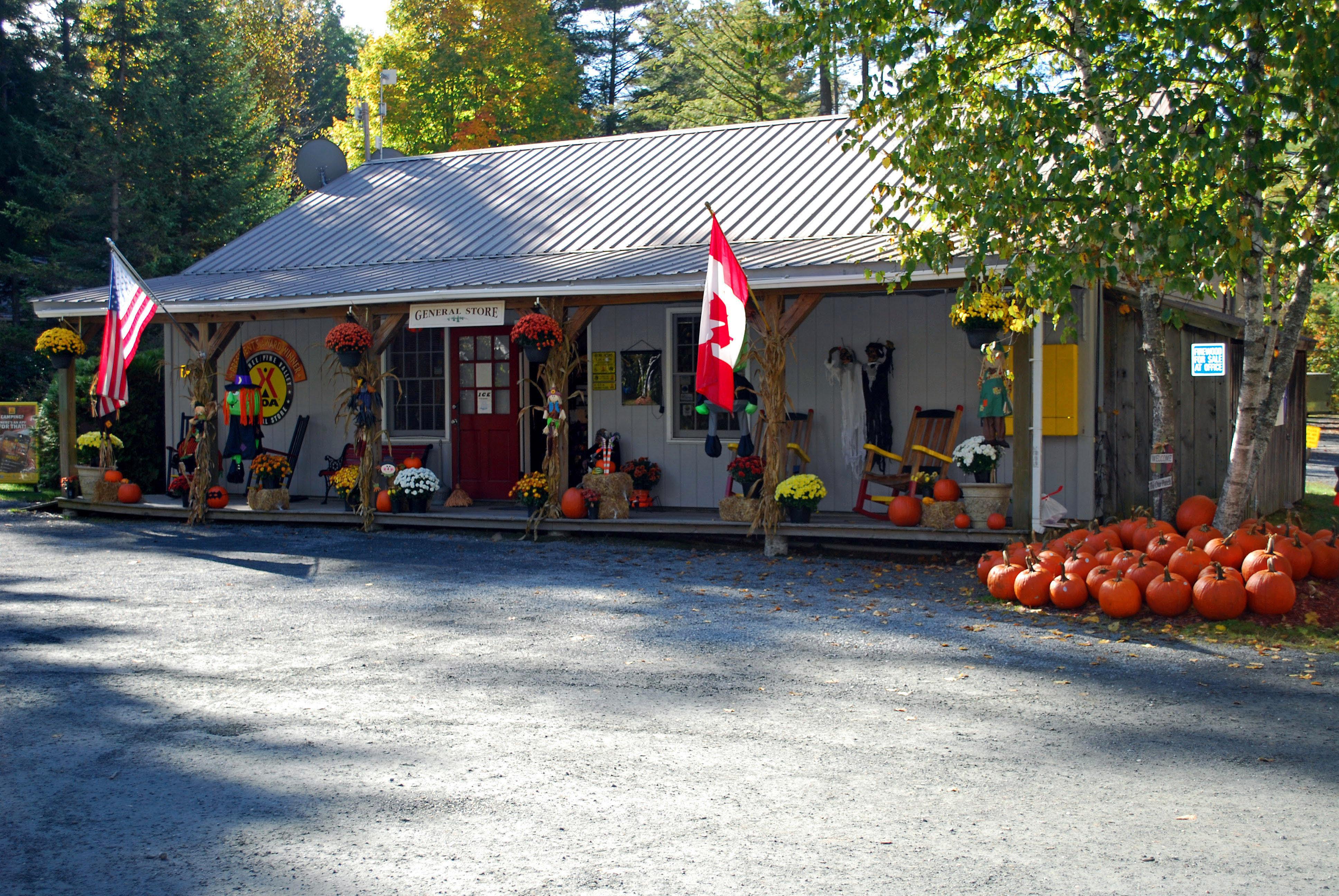 Quechee / Pine Valley KOA Holiday - RV Campground in White ...