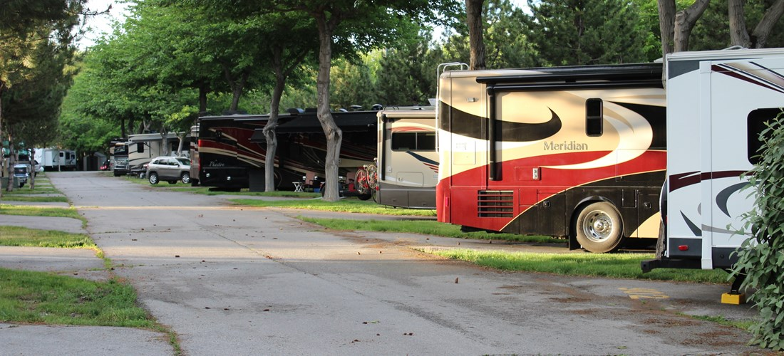 Plenty of Spaces for Large RV's