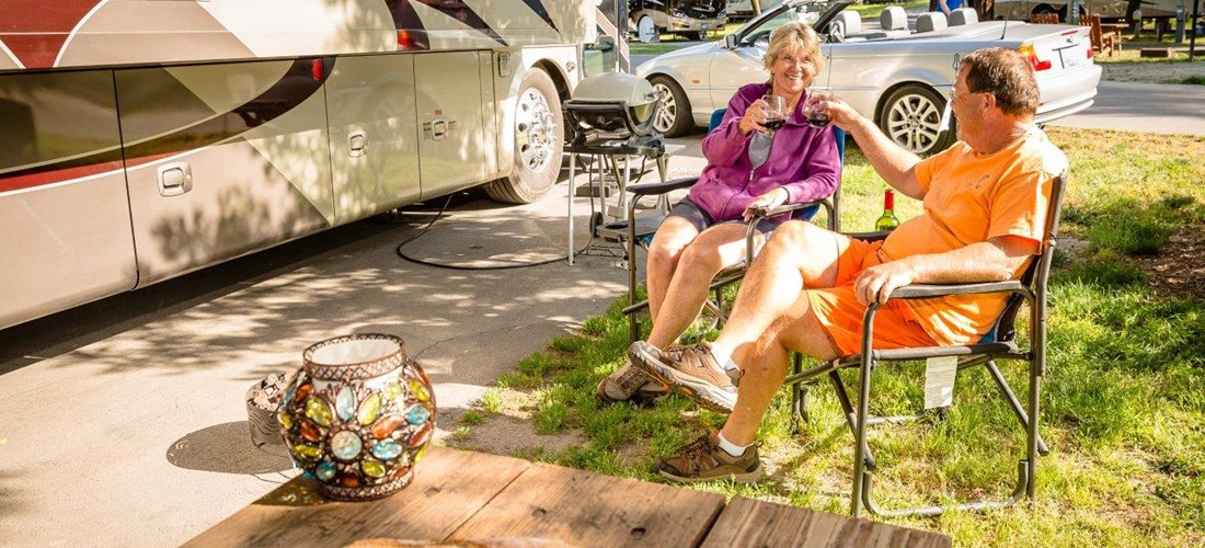 30 am pull thru RV sites allow you to relax and unwind in the Sonoma Wine Country at an affordable price